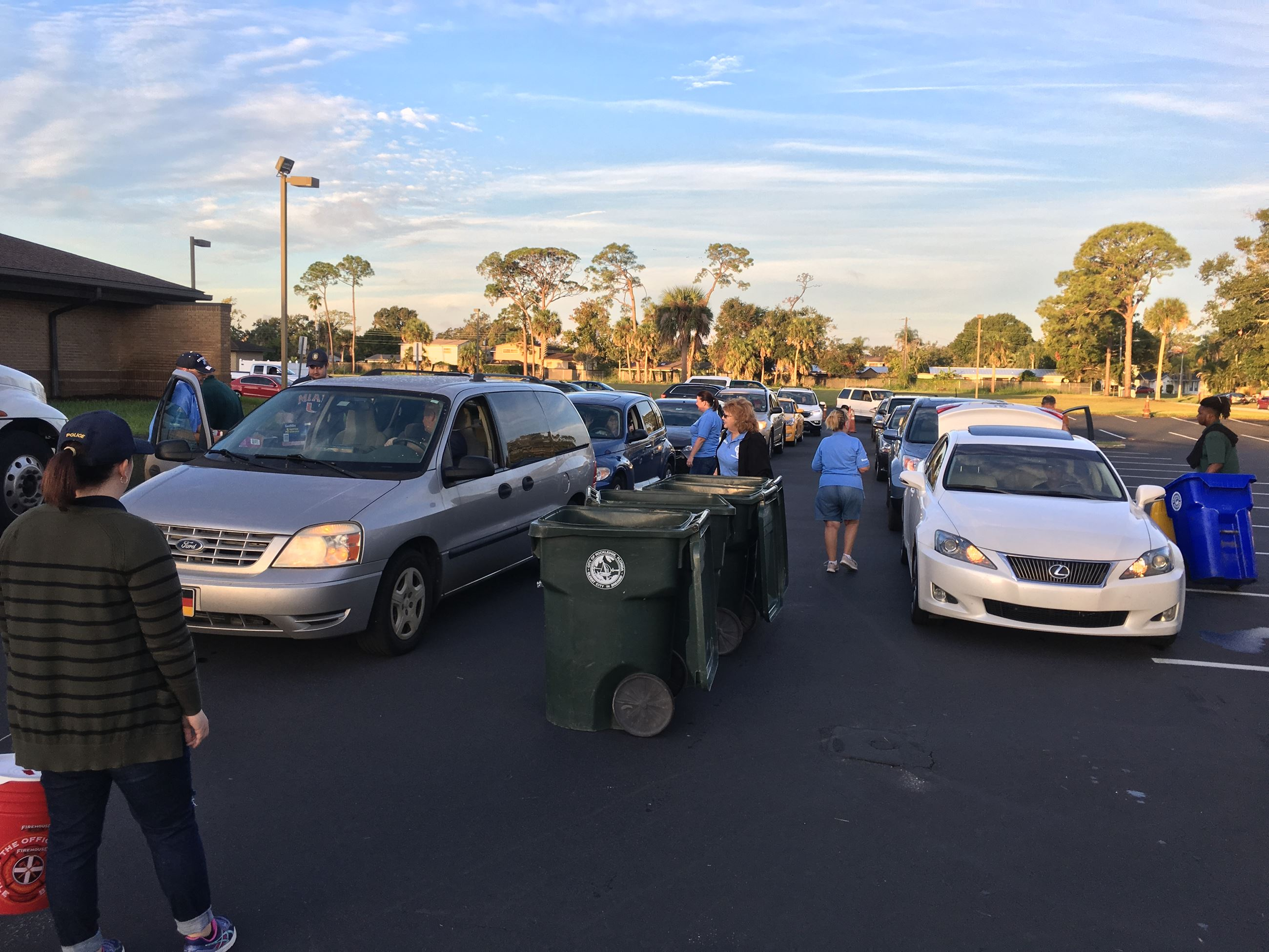 Cars lined up at the shred event